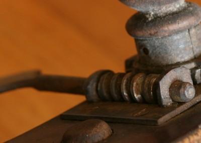 Contrabas mechanieken vervangen